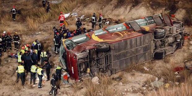 Dramatique accident d'autocar en Espagne: 12 morts et 38 blessés - La DH