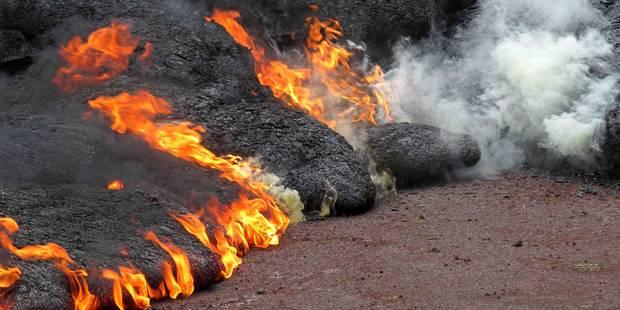A Hawaï, la lave a embrasé une première maison - La DH