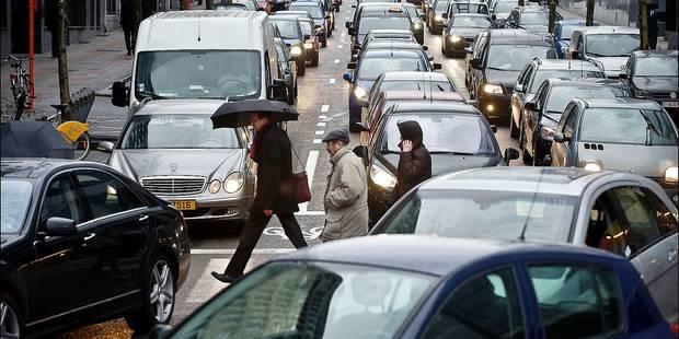 Un Bruxellois sur trois se déplace exclusivement en voiture - La DH