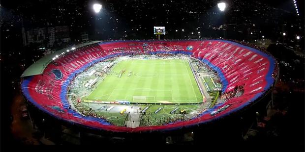 Un tifo remplit tout un stade en Colombie - La DH