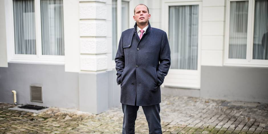 Theo Francken (N-VA) veut intensifier le retour des illégaux criminels - La DH