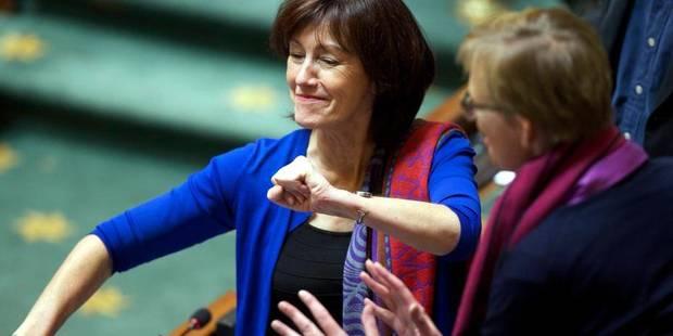 Onkelinx reconduite par les militants à la présidence du PS bruxellois - La DH