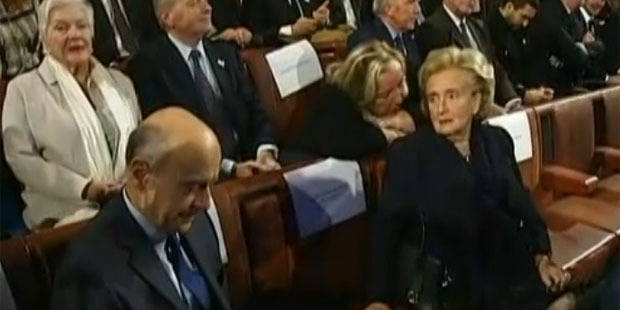 Quand Bernadette Chirac snobe Alain Juppé en pleine cérémonie - La DH