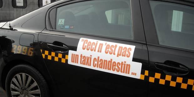 Des banderoles contre Uber sur les taxis bruxellois