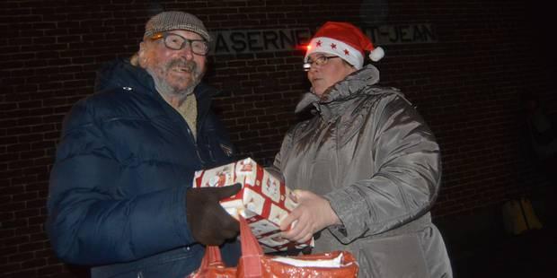 Cadeaux et sourires à la caserne de Tournai - La DH