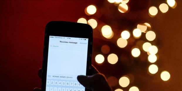Réveillon de Noël: baisse du nombre de SMS, explosion du volume data - La DH