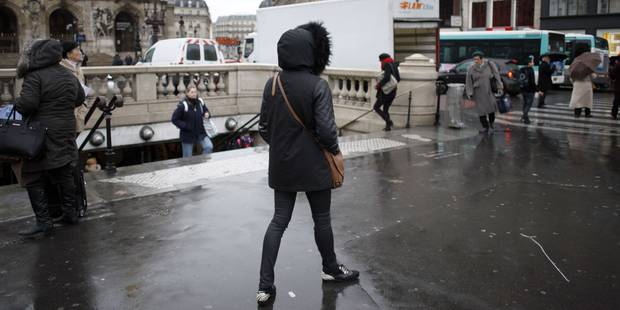 Le noir pratique, l'uniforme des Parisiens - La DH