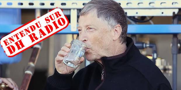 Bill Gates boit un verre d'eau produite à base d'excréments - La DH