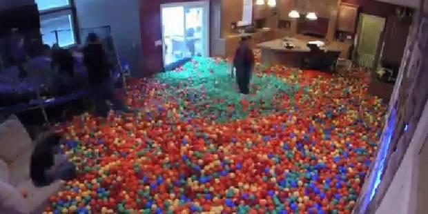 Son salon devient une piscine à balles - La DH