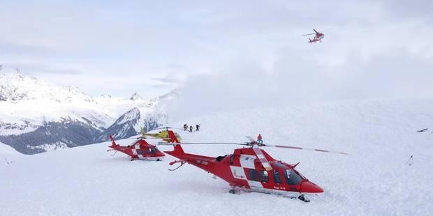 Alpes françaises: un mort dans une avalanche, un skieur britannique porté disparu - La DH