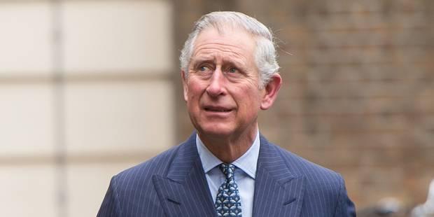 La biographie (non autorisée) du prince Charles qui va faire parler d'elle - La DH