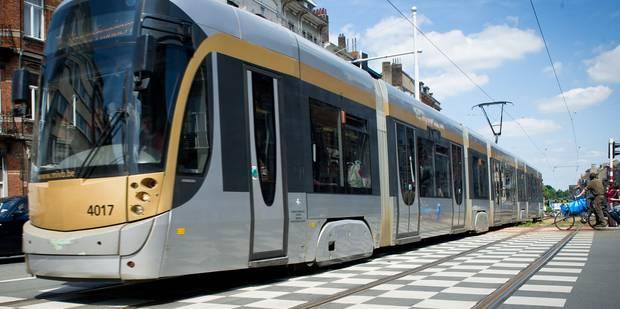 Une enfant de 4 ans heurtée par un tram à Schaerbeek - La DH