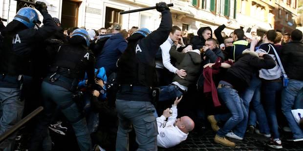 C2: bagarre générale entre des supporters de Feyenoord et la police à Rome - La DH