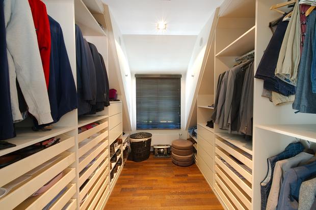 installer un dressing chez soi tous les bons plans. Black Bedroom Furniture Sets. Home Design Ideas