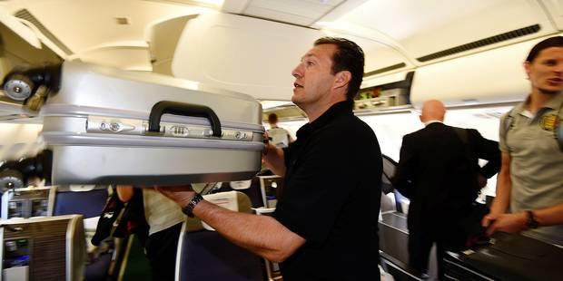 """Wilmots: """"Il faut un lit par joueur dans l'avion"""""""