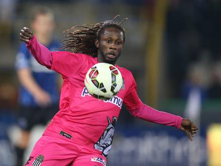 20150307 - BRUGGE, BELGIUM: Charleroi's Dieumerci Ndongala pictured in action during the Jupiler Pro League match between Club Brugge KV and Sporting Charleroi, in Brugge, Saturday 07 March 2015, on the 29th day of the Belgian soccer championship. BELGA PHOTO BRUNO FAHY