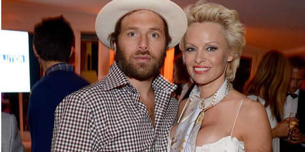 La guerre est déclarée entre Pamela Anderson et son futur ex-mari - La DH