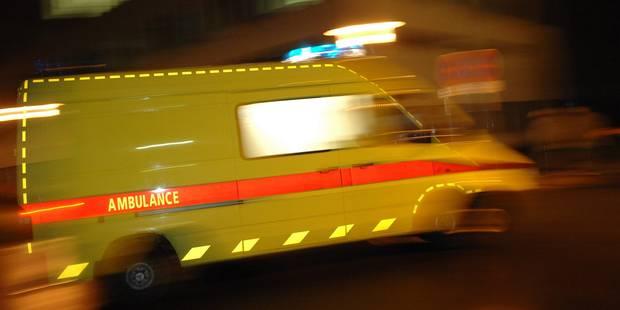 Ransart: une automobiliste gravement blessée après plusieurs tonneaux sur le R3 - La DH