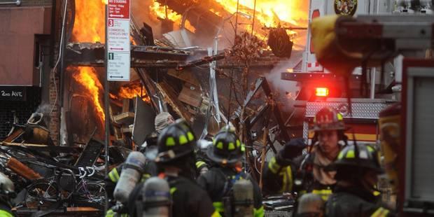 Une explosion ravage un immeuble à Manhattan (photos et vidéos) - La DH