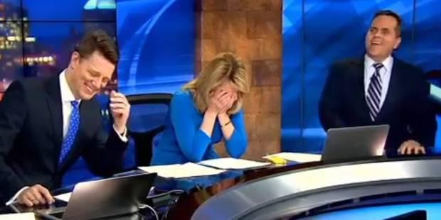 Un présentateur américain sort un objet improbable de sa veste en plein direct - La DH