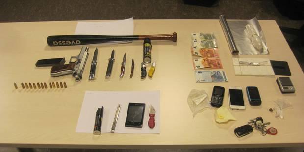 Aiseau-Presles: Des armes à feu, des couteaux et une... arbalète! - La DH