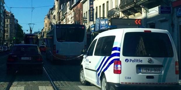 Schaerbeek: un ado renversé par un bus de la Stib - La DH