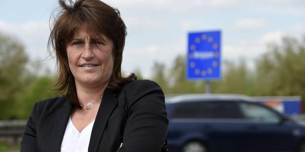 Le débat autour de la ministre Galant s'électrise - La DH