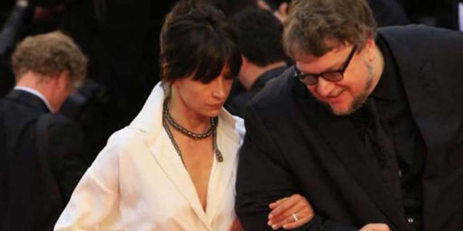Cannes: la culotte de Sophie Marceau sur le tapis rouge
