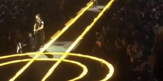 The Edge de U2 tombe de la scène en plein concert - La DH