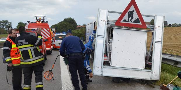 L'autoroute A8 Bruxelles-Tournai bloquée à Ath - La DH