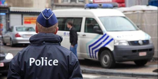Un cadavre retrouv� pr�s de Charleroi