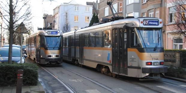 STIB: des bus et trams toujours plus lents! - La DH