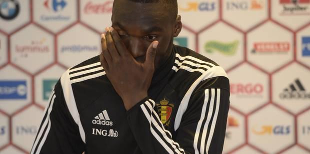 Piégé par un fan d'Aston Villa, Kismet Eris révèle l'avenir de Benteke - La DH