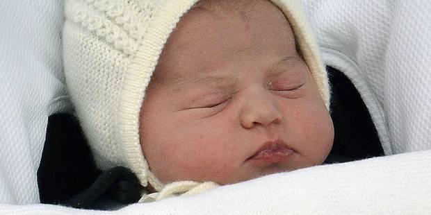 Voici la première photo de la princesse Charlotte avec son frère - La DH