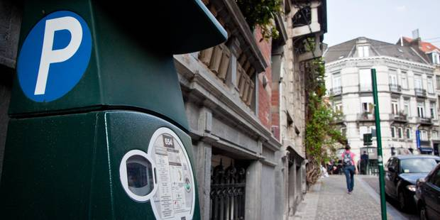Dinant : Le stationnement payant à nouveau contrôlé - La DH