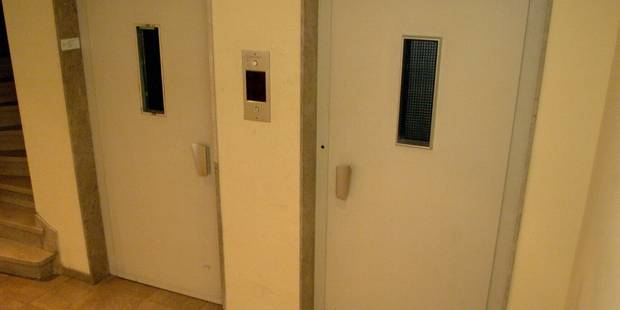 Deux religieuses bloquées tout un week-end dans un ascenseur - La DH