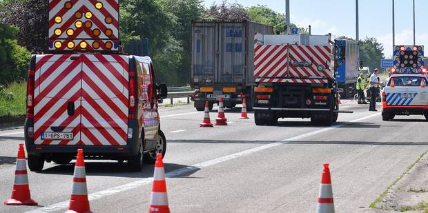 L'autoroute E34 ferm�e en direction des Pays-Bas pour des travaux urgents