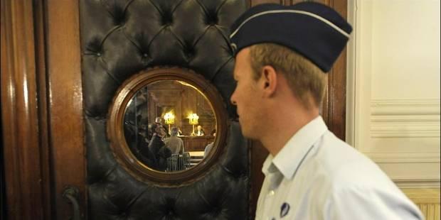 Trahi par l'hypnose, un notaire brugeois écope de 10 ans de prison pour viol et torture - La DH