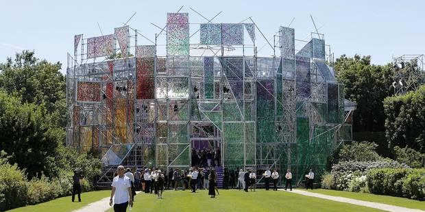 Comment a été construit le Jardin des Délices de Dior, l'incroyable vidéo - La DH