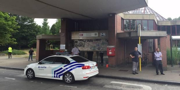 Un policier poignardé avec une paire de ciseaux à Kraainem - La DH