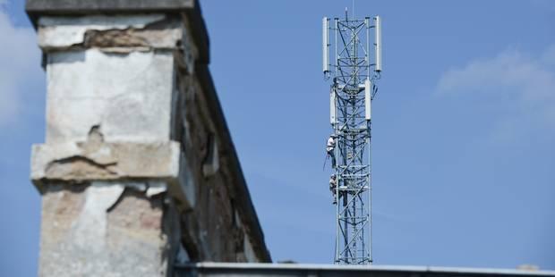 La Cour constitutionnelle annule la taxe wallonne sur les antennes GSM - La DH
