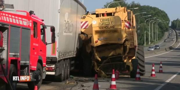 Un mort à Natoye après une collision entre un camion et une moissoneuse batteuse - La DH