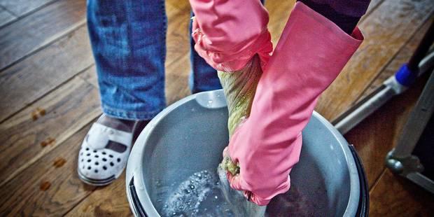 Interdire l'eau de javel dans les écoles et les crèches - La DH