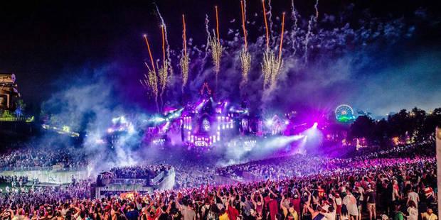 Tomorrowland : Dimitri Vegas et Like Mike font oublier la pluie aux festivaliers - La DH