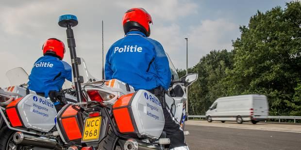 Anderlecht: un véhicule de police emboutit la façade d'une crèche - La DH