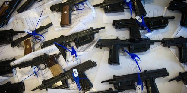 Charleroi : interpellation de trois personnes suspect�es de trafic d'armes
