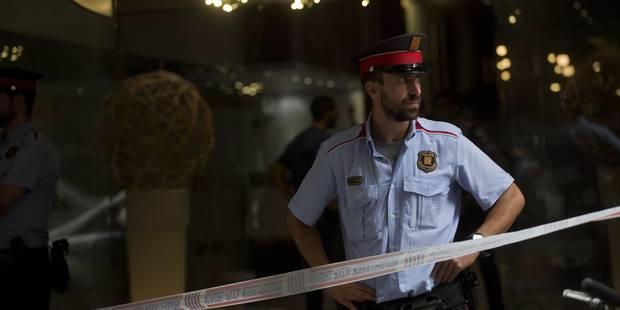 """Un """"Belge"""" blessé par balle à Barcelone? Plutôt un Russe avec un faux passeport - La DH"""