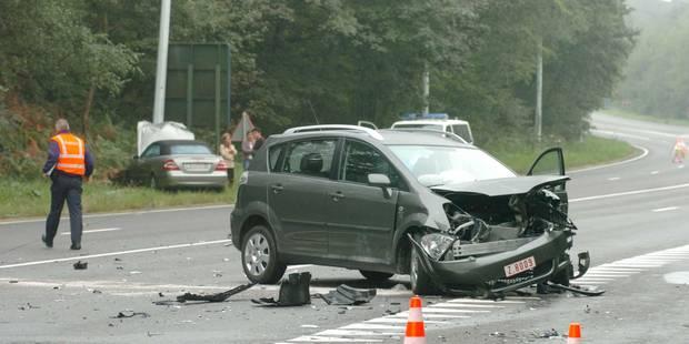 Un blessé sur l'autoroute E 411 - La DH