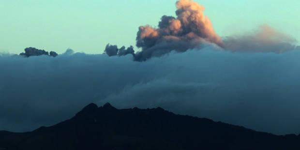Equateur: le volcan Cotopaxi cause aussi la censure de la presse ! - La DH