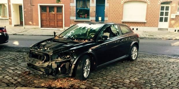 Charleroi: un échevin CDH a retrouvé sa voiture dans un bel état mercredi matin... - La DH